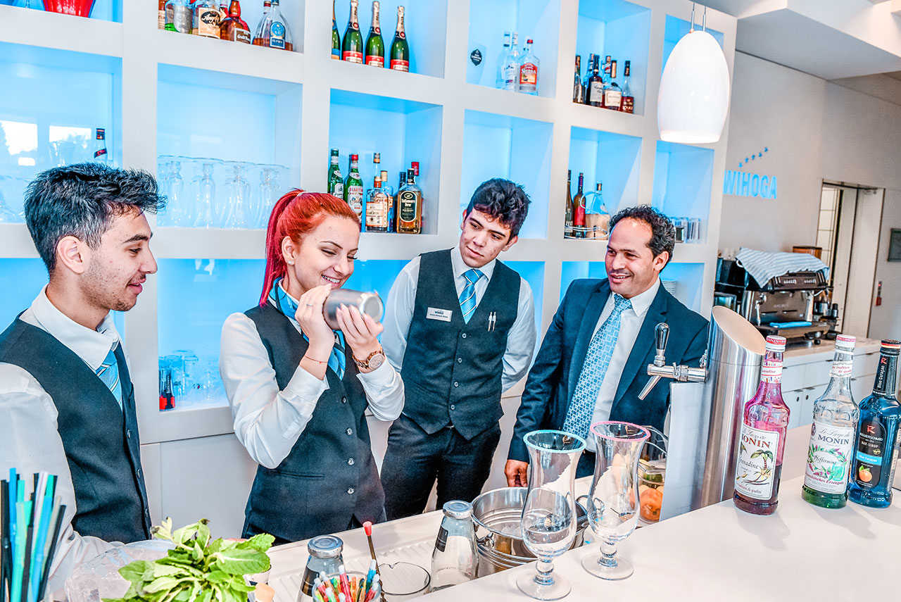 WIHOGA_Hotelfachschule_Dortmund_Web_1280x855_BFS-Bar